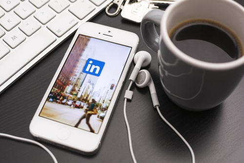 7 Great Ways to Optimize Your LinkedIn Profile
