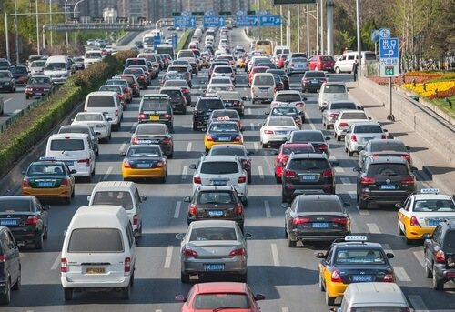 China Has Traffic Issues - Alvexo