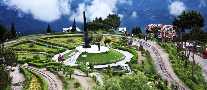 sikkim-beautiful-places-in-darjeeling - alvexo