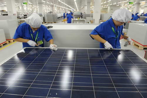 China manufacturing solar panals